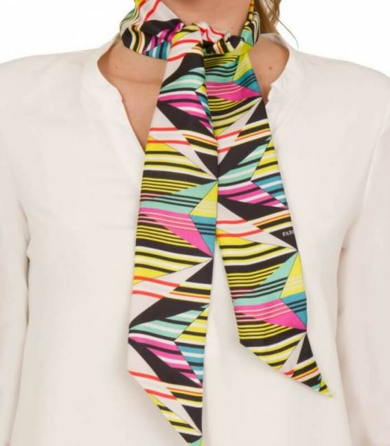 Foulard en twill de soie ABSTRACT