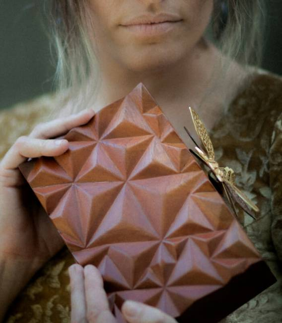 WOODEN DRAGONFLY Clutch